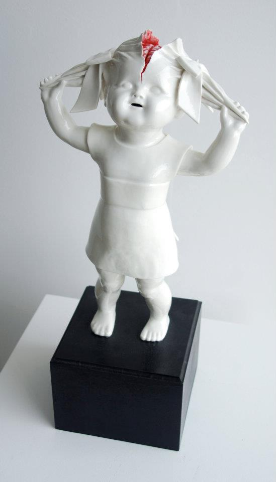 Maria Rubinke - Amazingly disturbing porcelain figurines by maria rubinke
